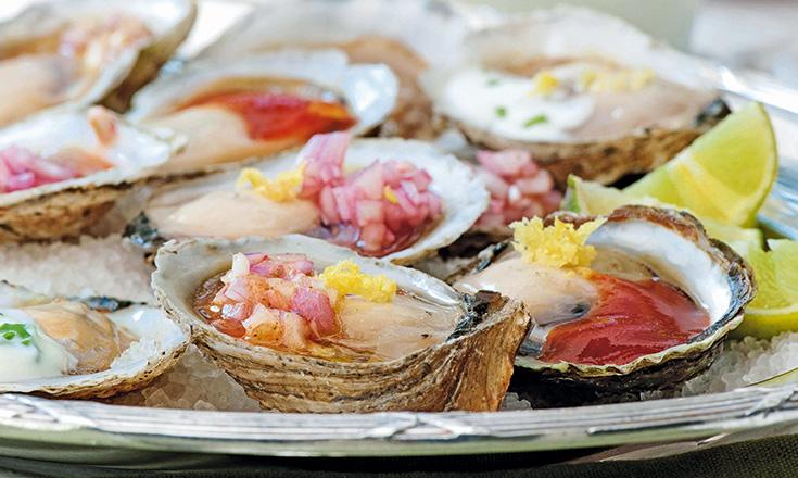 ostras frescas con diferentes aliños revista ed