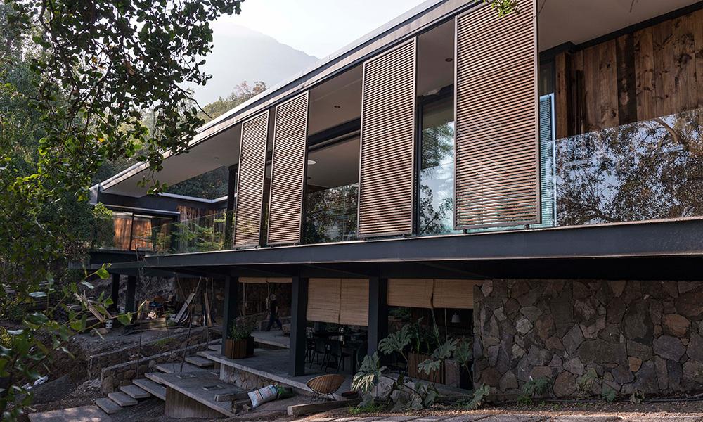 La casa de la quebrada revista ed estilo y decoraci n for Casa con piscina quebrada alvarado