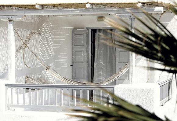 Terraza del dormitorio de Hotel en Mykonos Revista ED
