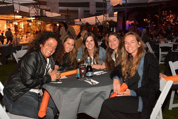 Solange Divana, Isidora costabal, Fernanda García, Toti Ugalde y Manuela Dittborn