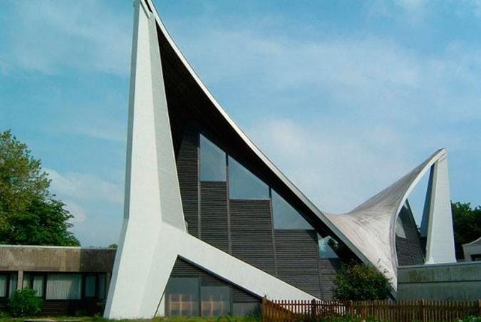 Bonhoeffer-Gemeindezentrum. Bremen, Alemania (1971)