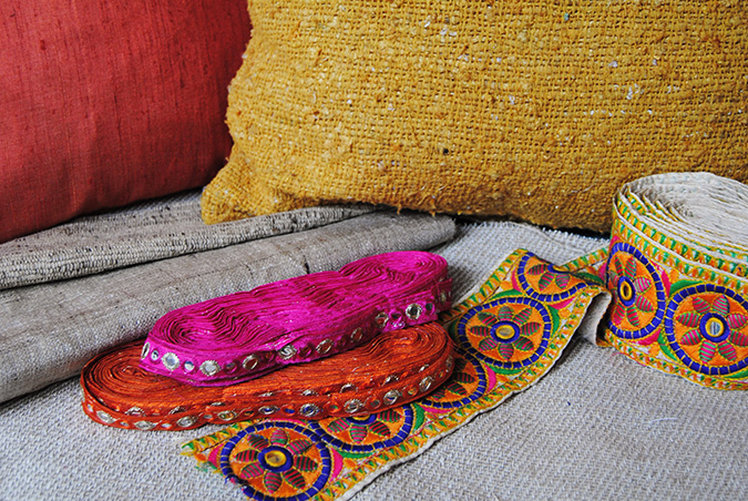 COLORS FROM INDIA (Stand 49)