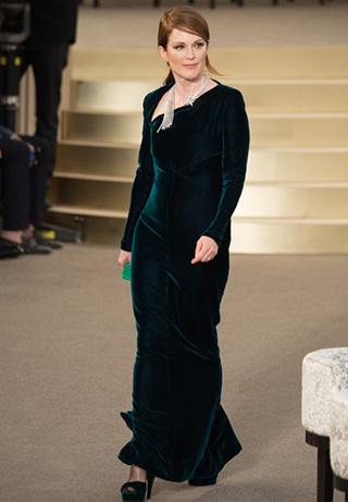 Julianne Moore en el desfile de Chanel