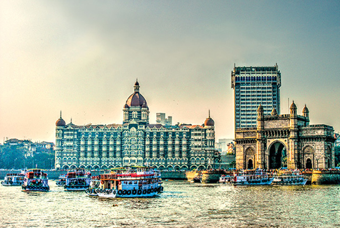 Gateway of India, Taj Mahal Hotel