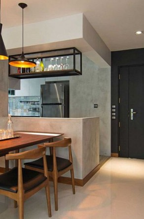 Tom-Dixon-pendant-lights-bring-industrial-beuaty-to-the-home-in-Singapore